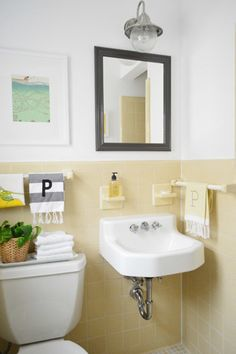 If your rental bathroom needs to some help, one of these 8 quick fixes might...