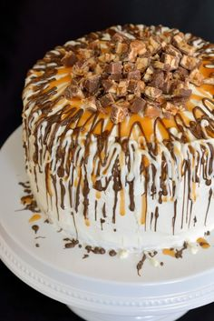 Caramel Apple Cake with SNICKERS   Community Post: 13 DROOLWORTHY CARAMEL RECIPES