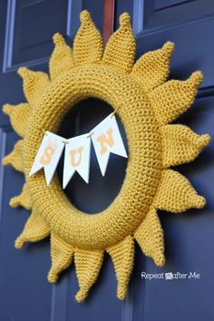 Crochet ** Summer Sun Wreath ** With Special Thanks to a free pattern Designed By Sarah, repeatcrafterme.com