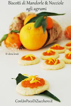 Biscottini agli agrumi: http://conunpocodizucchero.wordpress.com/2013/11/28/biscottini-agli-agrumi/