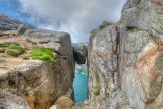 A Rock In The Kjerag Mountain, Norway By Max Chokan http://onebigphoto.com/rock-kjerag-mountain-norway/ … @onebigphoto