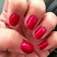 Red Shellac nails. ❤
