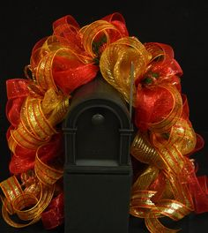 Traditional wreaths, poly mesh wreath, centerpieces and garlands for all occassions. Christmas Mail, Christmas Swags, Christmas Crafts For Gifts, Outdoor Christmas Decorations, Gold Christmas, Christmas Ideas, Outdoor Decor, Fall Deco Mesh, Deco Mesh Wreaths