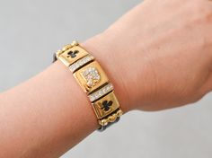 Vintage statement bold bracelet gold rhinestones leather bracelet fashion costume jewelry women 90s