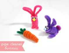 How to make cute little pipe cleaner bunnies and carrots... a perfect Easter craft for kids for spring. A full step by step tutorial.