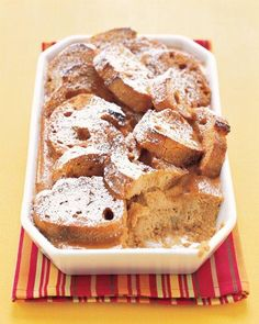 This Pumpkin Bread Pudding with Dulce de Leche takes the flavor of pumpkin pie and transforms it into a comforting bread pudding drizzled with dulce de leche. Bread Pudding Recipe Martha Stewart, Just Desserts, Dessert Recipes, Pudding Recipes, Dessert Ideas, Bread Recipes, Potluck Recipes, Fall Desserts, Fall Recipes