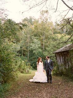 October wedding at Dara's Garden in Knoxville, TN.