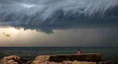 Nube en estantería. Fotografiada en Umag (Croacia) por Maja Kraljik. Publicado por: @TapasDeCiencia