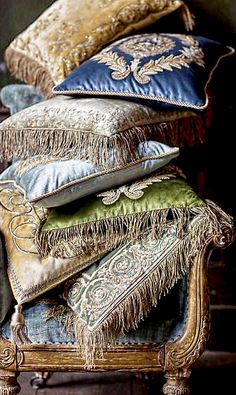 ~ Living a Beautiful Life ~ Jade, blue and pale gold hand-embroidered cushions from Beaumont & Fletcher. Luxury Sofa, Luxury Cushions, Velvet Cushions, Embroidered Cushions, Up House, Vintage Pillows, Romantic Homes, Decorative Cushions, Handmade Furniture