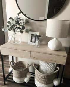 Hallway Table Decor, Entryway Console Table, Entryway Decor, Bedroom Decor, Console Tables, Hallway Ideas, Entry Tables, Console Table Styling, Console Table Living Room