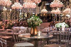 casamento-karina-flores-fotos-anna-quast-ricky-arruda-casa-petra-1-18-project-16 Wedding Reception Centerpieces, Wedding Receptions, Casa Petra, Dream Wedding, Wedding Dreams, Event Design, Floral Design, Anna, Project