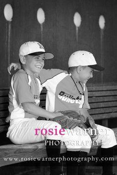 Great photo ideas for baseball season!