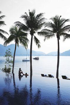 Royal Bay Infinity Pool at 5 star hotel: Pangkor Laut Resort. This hotel's address is: Pangkor Laut Island Pangkor Laut Island Pangkor 32200 and have 140 rooms Malaysia Itinerary, Malaysia Travel, Asia Travel, Travel Plane, Singapore Travel, Travel Luggage, Travel Bags, Kuala Lumpur, Nature