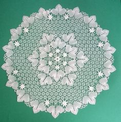 Irena Brążkiewicz‎ d/b Kortelahti has one of her invented grounds Needle Lace, Bobbin Lace, Doilies, Shapes, Diy, Crochet, Inspiration, Needlepoint, Brogue Shoe