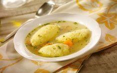 Daca tii post, atunci ai putea gati supa de galustfe de post. Nu dureaza mult sa o prepari. In plus, este sanatoasa si o poti gati orica...