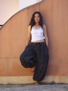 Unisex Pants by Ablaa Yoga Pants, Harem Pants, Aladdin Pants, Diy Fashion, Womens Fashion, Pants For Women, Clothes For Women, Handmade Clothes, Wide Leg Pants