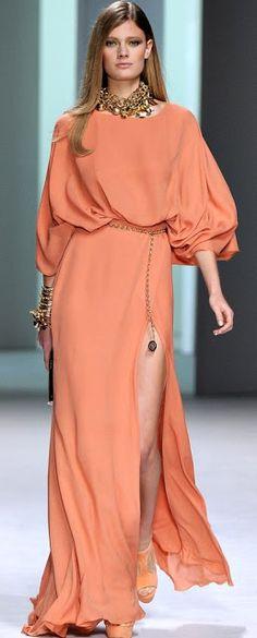 Elie Saab Spring 2011 Ready-to-Wear Fashion Show Look Fashion, High Fashion, Fashion Show, Fashion Design, Couture Fashion, Runway Fashion, Womens Fashion, Paris Fashion, Traje Black Tie