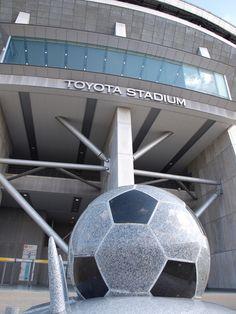Toyota Stadium, Toyota, Aichi, Japan | Architect: Kisho Kurokawa 豊田スタジアム Kisho Kurokawa, Sports Stadium, Aichi, Japan Cars, Yokohama, Toyota, Japanese, City, Amazing