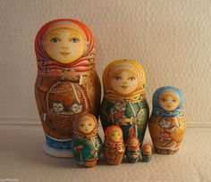 BIG Russian Matryoshka - Wooden Nesting Dolls - 7 Pieces Unique Coloring #1 | eBay