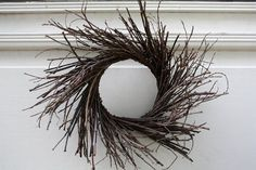 Beautiful, rustic, and homey! (No one has to know that it& easy and inexpensive too!) Primitive Fall Twig Wreath Tutorial at Rock River St. Twig Crafts, Wreath Crafts, Nature Crafts, Fall Crafts, Stick Wreath, Grapevine Wreath, Wreath Fall, Primitive Fall, Primitive Crafts