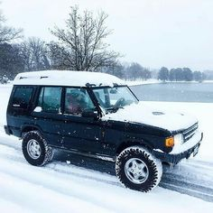 Winter with @expl_more. #landrover #discovery #landroverphotoalbum