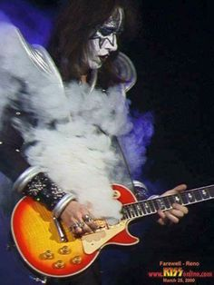 Lighting​ Fast Fingers Frehley