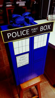 Doctor Who Tardis Present!