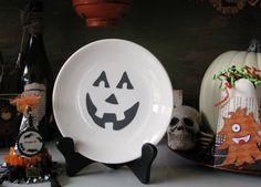 Vintage China Plate with Jack-o-lantern face in vinyl, only $7.50 on Etsy!