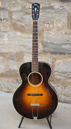 Gibson L-4 Round Hole Archtop Acoustic Guitar