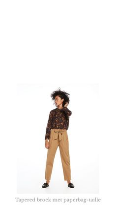 Ontdek dit product dat ik heb gevonden in de Scotch & Soda app:  Tapered broek met paperbag-taille http://www.scotch-soda.com/on/demandware.store/Sites-ScotchSoda-BE-Site/nl_BE/Product-Show?pid=143536_37-L