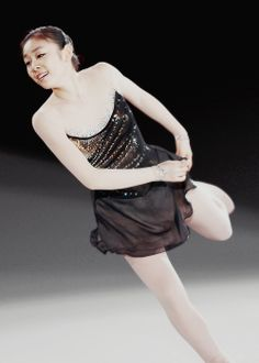 Kim Yuna Kim Yuna, Beautiful Figure, Figure Skating Dresses, Ice Queen, Roller Skating, Skate, Champion, Ballet Skirt, Costumes