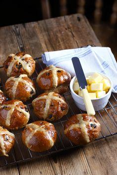 Fruity hot cross buns