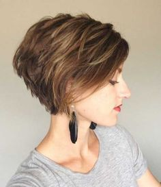 Love Bob hairstyles for women? wanna give your hair a new look? Bob hairstyles for women is a good choice for you. Here you will find some super sexy Bob hairstyles for women, Find the best one for you, Short Bob Haircuts, Short Hairstyles For Women, Girl Hairstyles, Medium Hairstyles, Wedge Hairstyles, Stacked Bob Haircuts, Hairstyle Short, Funky Hairstyles, Wedding Hairstyles
