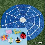 Party game perfect for a bug party! I love the spider web.
