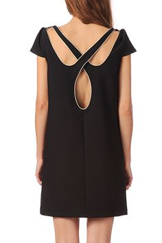 Robe dos ajouré Nicole Noir Clo&Se by MonShowroom en promotion sur MonShowroom.com