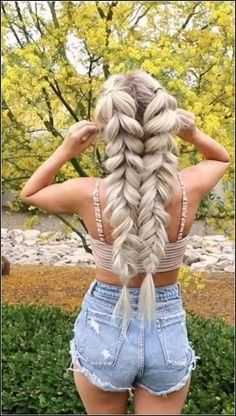 super quick and easy hairstyles for 2019 30 - Frisuren für Frauen - Braided Hairstyles Box Braids Hairstyles, Pretty Hairstyles, Girl Hairstyles, Hairstyle Ideas, Winter Hairstyles, Wedding Hairstyles, Braided Hairstyles For Long Hair, Soccer Hairstyles, Braided Hairstyles Tutorials