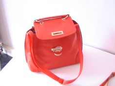 Lady, Purses And Bags, Backpacks, Fashion, Moda, Fashion Styles, Women's Backpack, Fashion Illustrations, Fashion Models