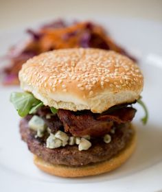 Bacon Fig and Gorgonzola Burger by annacostafood: Easy, delicious and definitely a crowd pleaser! #Burger #Bacon #Fig | http://greatfoodphoto.blogspot.com