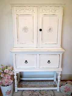 Shabby Chic Hutch ... would be a good color and look for the piece in my dining room.