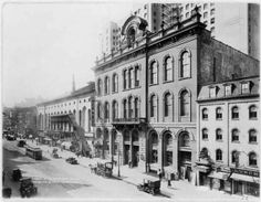 photograph of the exterior of Tammany Hall
