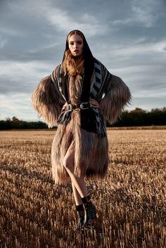 Exclusive Fashion Editorials December 2017 Luisa Bianchin by Anton Cornelis