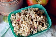 gotować! - Sałatka z surowych pieczarek Pasta Salad, Breakfast, Ethnic Recipes, Food, Crab Pasta Salad, Morning Coffee, Essen, Meals, Yemek