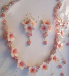 Sakura - Light pink jewelry - Polymer necklace and earrings - Handmade jewelry Polymer Clay Flowers, Polymer Clay Earrings, New Year's Crafts, Diy Crafts, Biscuit, Clay Design, Pink Jewelry, Clay Projects, Clay Creations