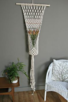 The Knot Studio Embrace Plant Hanger Macrame Design, Macrame Art, Macrame Projects, Macrame Knots, Crafts To Do, Home Crafts, Macrame Plant Holder, Creation Deco, Macrame Tutorial