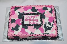 Camouflage Cakes for Girls | Photoset 107,709 of 235,757 Pink Camo Birthday, Hunting Birthday Cakes, Little Girl Birthday, Birthday Cake Girls, Birthday Ideas, Birthday Parties, Camo Birthday Decorations, Pink Camo Cakes, Camouflage Cake
