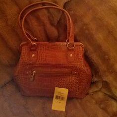 Selling this Liz Claiborne Beautiful Purse - Sale in my Poshmark closet! My username is: stacie90us. #shopmycloset #poshmark #fashion #shopping #style #forsale #Liz Claiborne #Handbags