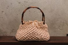 Silvia's bags, crochet bag/borsa in fettuccia di cotone, manici in legno.