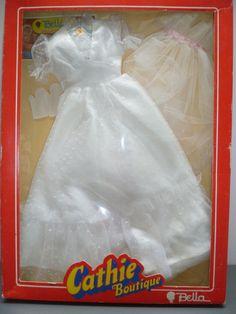TENUE DIAMANT HORS CATALOGUE 1981,D'ORIGINE,POUPEE MANNEQUIN CATHIE BELLA Catalogue, Barbie, Boutique, Dolls, Fashion, Beautiful Dolls, Outfits, Diamond, Accessories