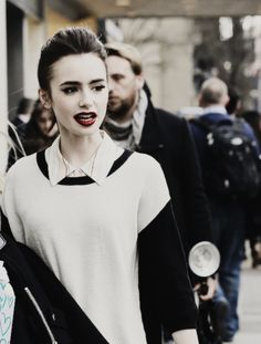 """ Lily Collins outside the ""Bergdorf Goodman"" store in New York City, 4 April. Sandra Bullock, To The Bone Movie, Lily Collins Style, The Blind Side, Beautiful People, Beautiful Women, Phil Collins, Face Hair, Celebs"