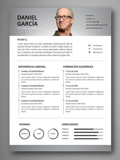 Your resume is one of your best marketing tools. The goal of your resume is to tell your individual story in a compelling way that drives prospective employers to want to meet you. In today's compe… College Resume Template, Cv Resume Template, Cv Design, Resume Design, Conception Cv, First Resume, Job Resume, Cv Web, Web Developer Resume